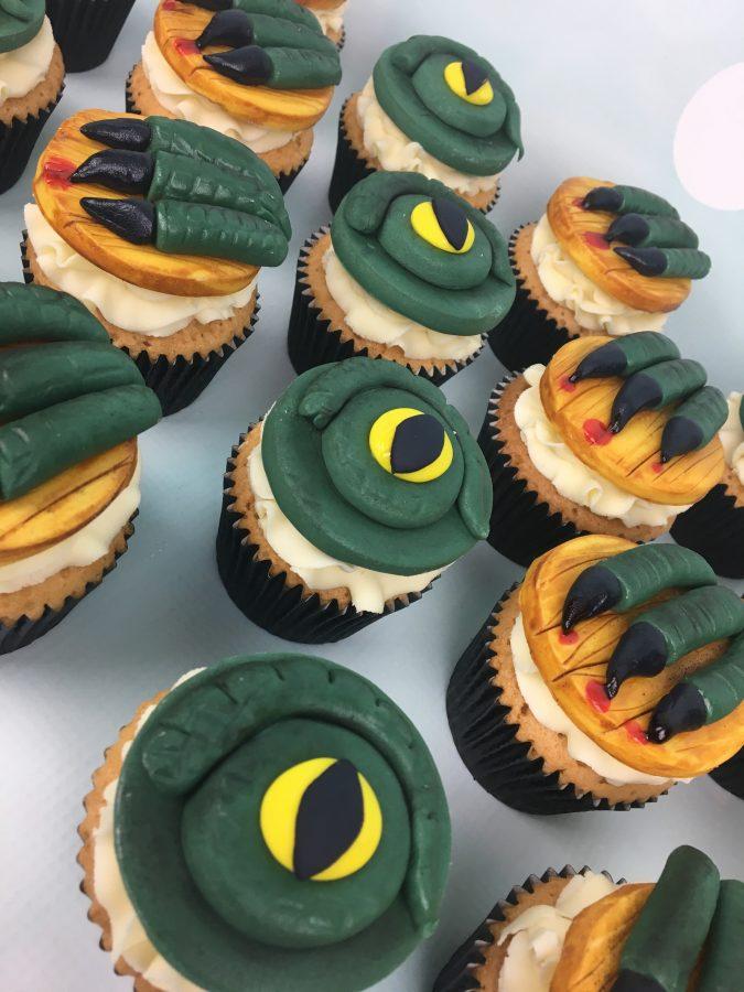 Godzilla And King Kong Birthday Cake And Cupcakes Mel S