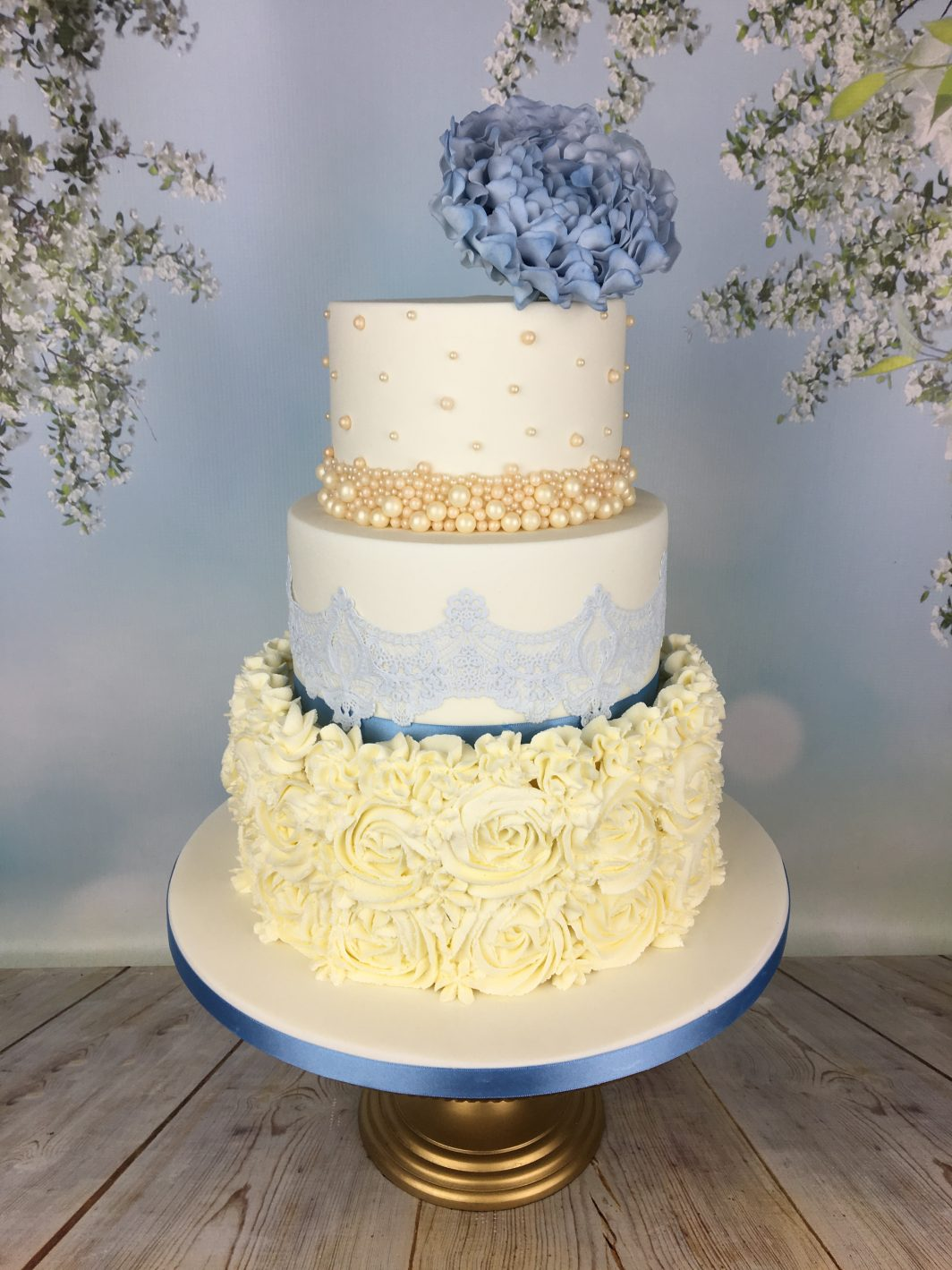 blue lace wedding cake