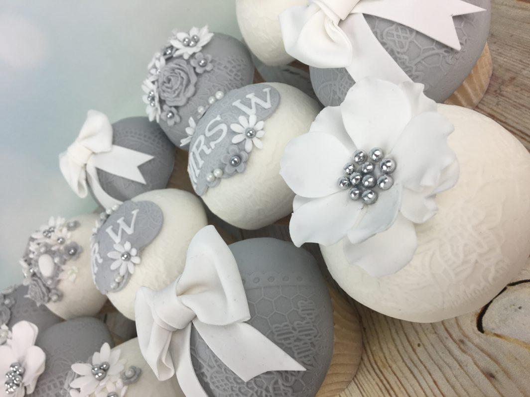 Domed wedding caupcakes