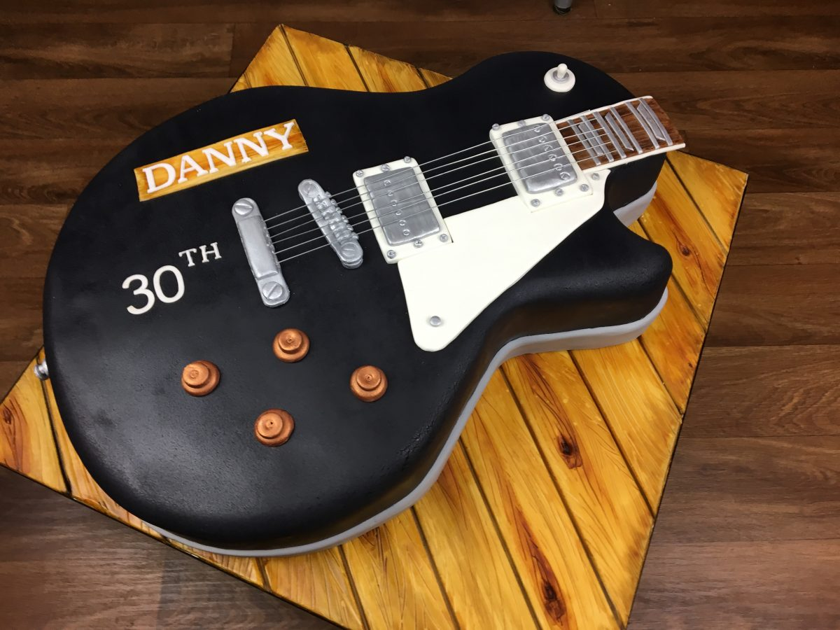 Groovy Gibson Les Paul Cake Mels Amazing Cakes Funny Birthday Cards Online Elaedamsfinfo