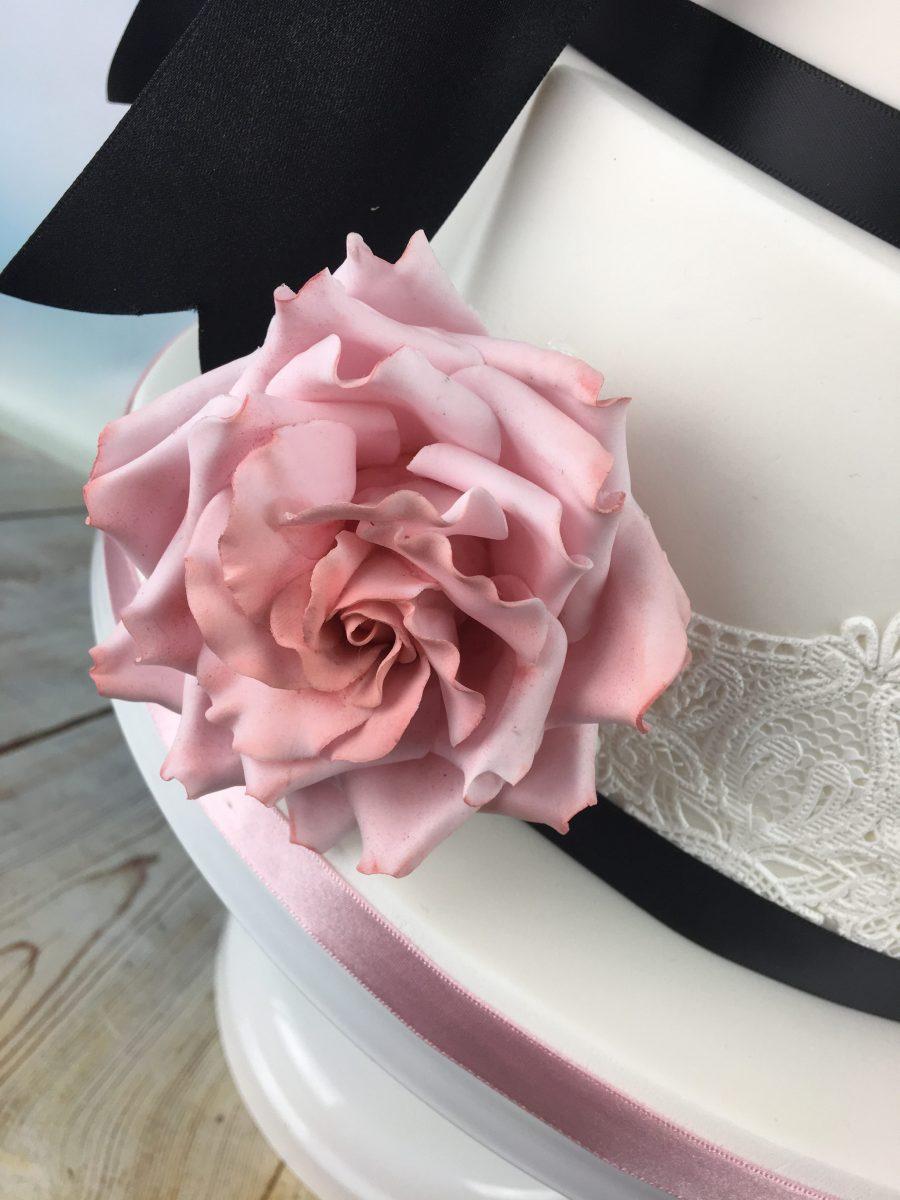 little moon bear wedding cake - Mel\'s Amazing Cakes