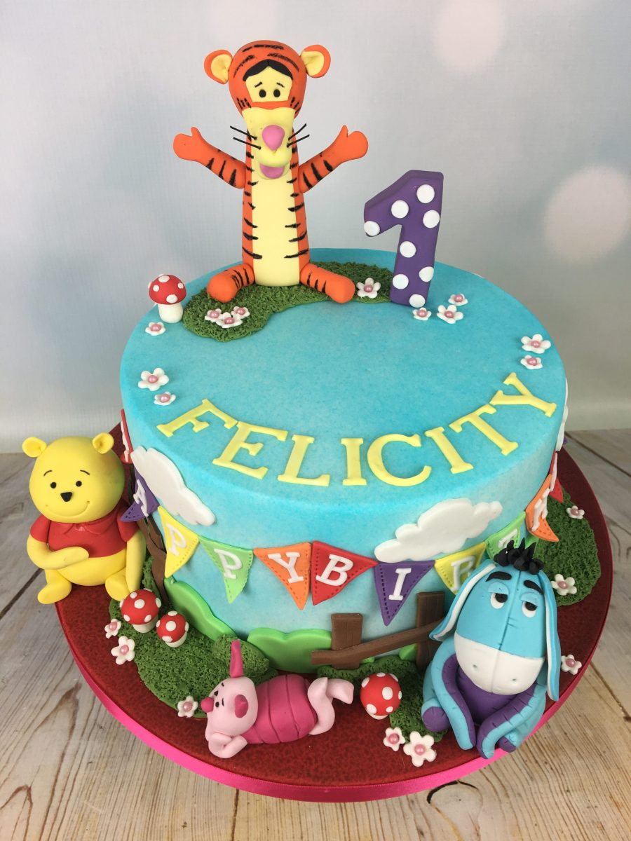 Terrific Winnie The Pooh 1St Birthday Cake Mels Amazing Cakes Funny Birthday Cards Online Alyptdamsfinfo