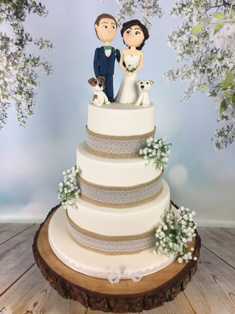 wedding cake groom and bride hessian and lace wedding cake with and groom topper 22785