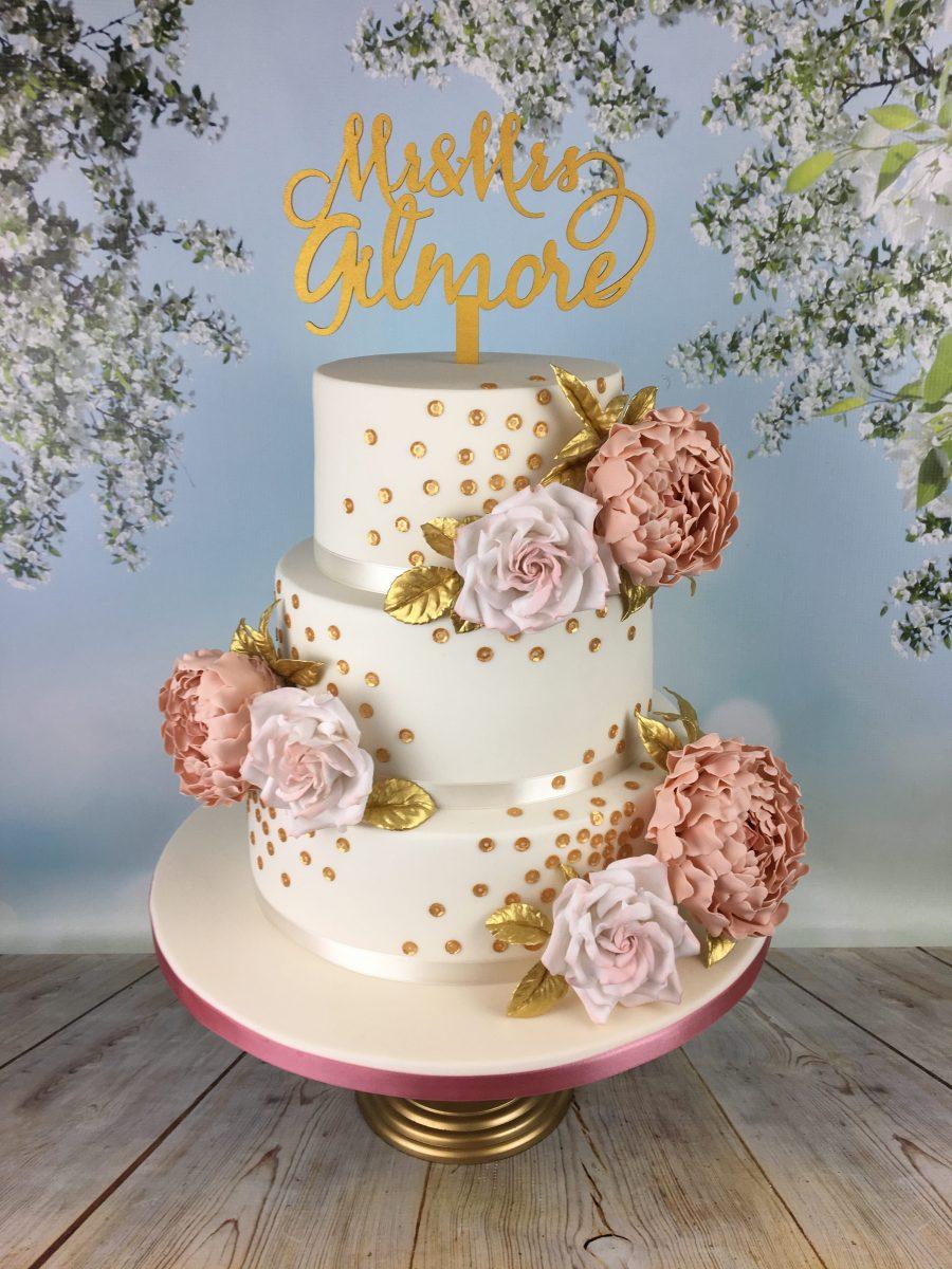 Tier Wedding Cake To Serve