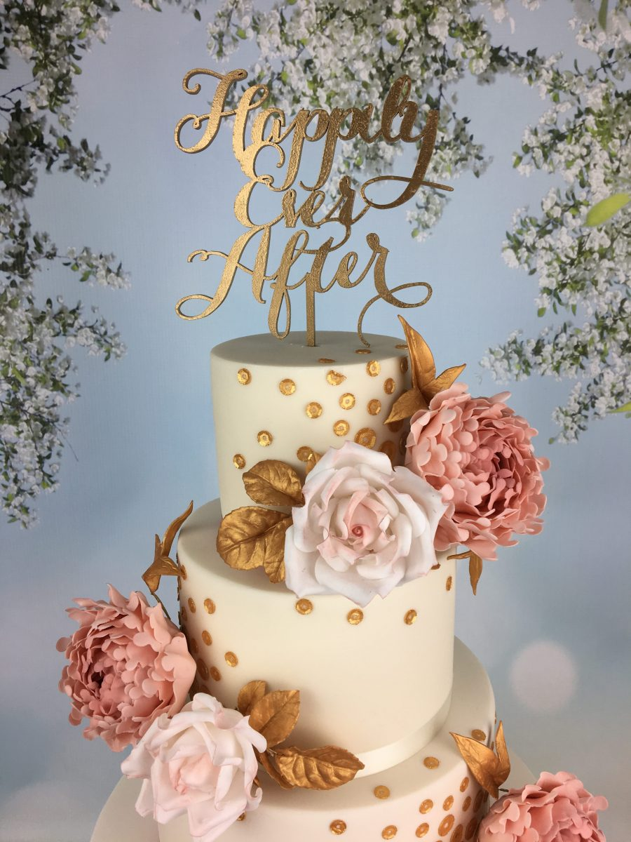 Roses and gold sequins wedding cake - Mel's Amazing Cakes