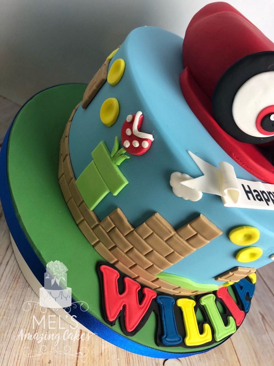 Astounding Super Mario Themed Cake Mels Amazing Cakes Funny Birthday Cards Online Alyptdamsfinfo